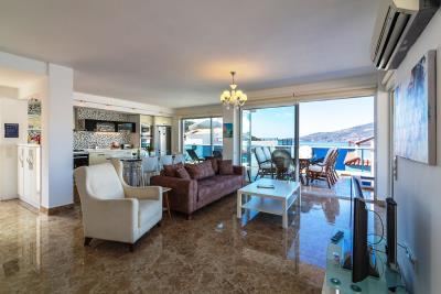 everest-lounge