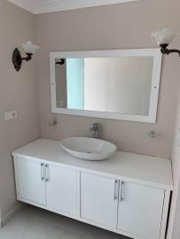 V840-bathroom-2
