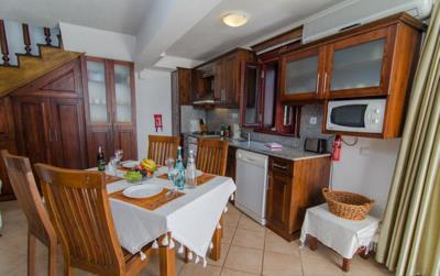 V837-kitchen