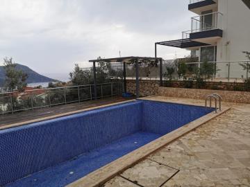 V841-terrace