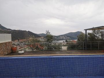 V841-view-from-terrace