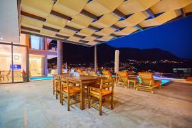 Image No.6-Villa / Détaché de 5 chambres à vendre à Kalkan