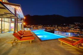 Image No.4-Villa / Détaché de 5 chambres à vendre à Kalkan