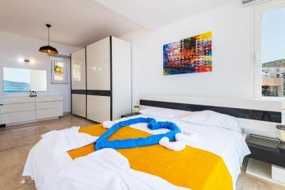 heart-bedroom