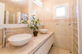 Image No.8-Villa / Détaché de 4 chambres à vendre à Kalkan