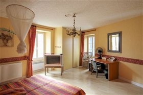 Image No.9-Maison de 9 chambres à vendre à Saint-Ciers-sur-Bonnieure