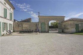 Image No.12-Maison de 8 chambres à vendre à Courbillac