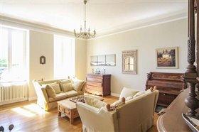 Image No.2-Maison de 8 chambres à vendre à Courbillac