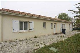 Image No.0-Maison de 4 chambres à vendre à Blanzac-Porcheresse