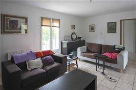 Image No.2-Maison de 4 chambres à vendre à Blanzac-Porcheresse