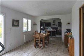 Image No.3-Maison de 4 chambres à vendre à Blanzac-Porcheresse