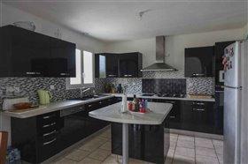 Image No.4-Maison de 4 chambres à vendre à Blanzac-Porcheresse