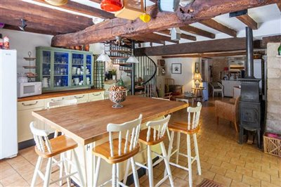 house-for-sale-in-bayers-charente-immobilier-