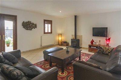 house-for-sale-charente-near-jarnac-charente-