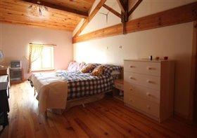 Image No.6-Maison de campagne de 7 chambres à vendre à Fontaine-Chalendray