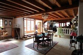 Image No.2-Maison de campagne de 6 chambres à vendre à Graves-Saint-Amant