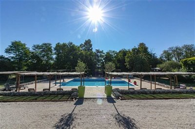 gite-complex-with-pool-for-sale-brossac-chala
