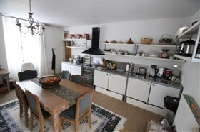 Image No.2-Maison de campagne de 4 chambres à vendre à Sainte-Soline