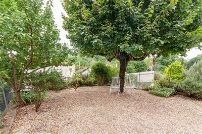 house-for-sale-in-luxe-charente-immobilier-39