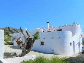 Sorbas, Country Property