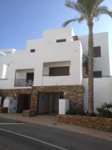 Image No.27-4 Bed Townhouse for sale