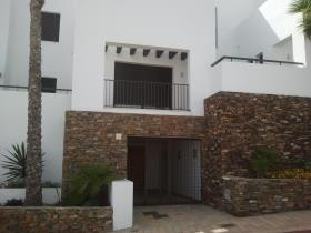 Image No.29-4 Bed Townhouse for sale