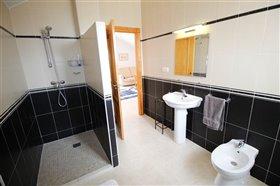 Image No.38-Villa de 4 chambres à vendre à Puerto Lumbreras