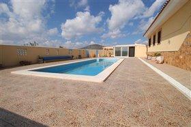 Image No.3-Villa de 4 chambres à vendre à Puerto Lumbreras