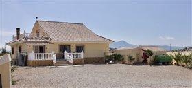 Image No.8-Villa de 4 chambres à vendre à Puerto Lumbreras