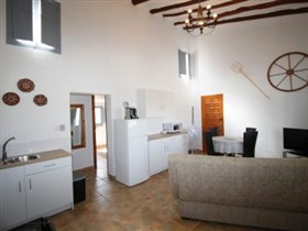Image No.29-4 Bed Property for sale