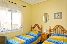 Image No.10-2 Bed Villa / Detached for sale