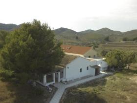 Image No.1-Maison de campagne de 8 chambres à vendre à Purias