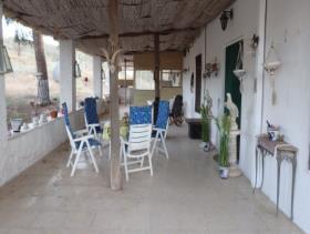 Image No.11-Maison de campagne de 8 chambres à vendre à Purias