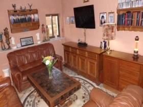 Image No.15-8 Bed Country House for sale
