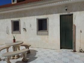 Image No.21-Maison de campagne de 8 chambres à vendre à Purias