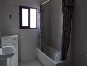 Image No.23-Maison de campagne de 8 chambres à vendre à Purias
