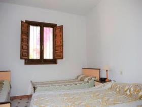 Image No.4-4 Bed Villa for sale
