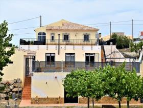 Image No.20-3 Bed Villa / Detached for sale