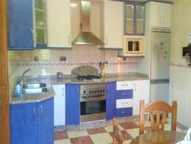 Image No.3-4 Bed Chalet for sale