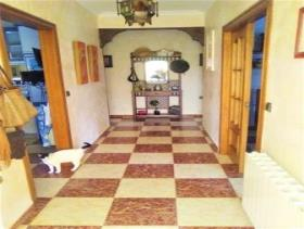 Image No.19-4 Bed Chalet for sale