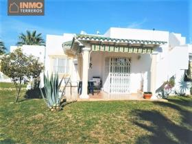 Image No.17-2 Bed Bungalow for sale