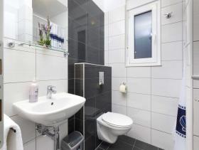 Image No.8-Un hôtel de 14 chambres à vendre à Split