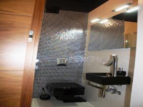 Image No.2-Un hôtel de 14 chambres à vendre à Split
