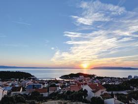 Image No.3-Maison / Villa de 5 chambres à vendre à Makarska