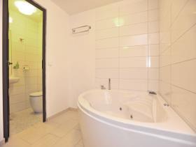 Image No.16-Maison / Villa de 5 chambres à vendre à Makarska