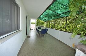 Image No.17-3 Bed House for sale