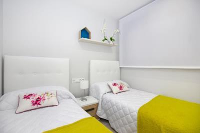 Aqua-Beach---bedroom--2-