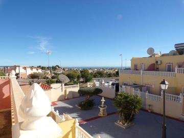 town-house-for-sale-in-villamartin-8