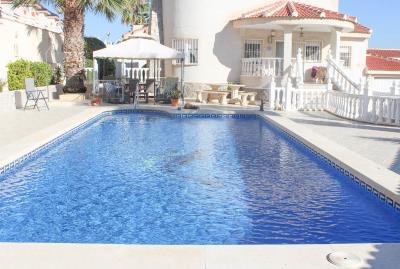 villa-for-sale-in-ciudad-quesada-es205-130284-25
