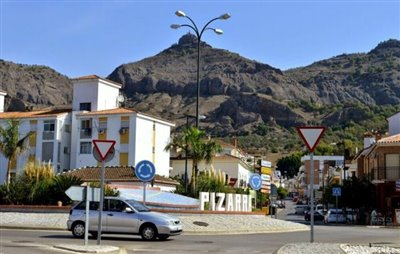 Local_town-2